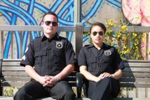 警察官2人組の写真