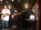 コバルトボーイ(Cobalt boy)LIVE演奏中の写真