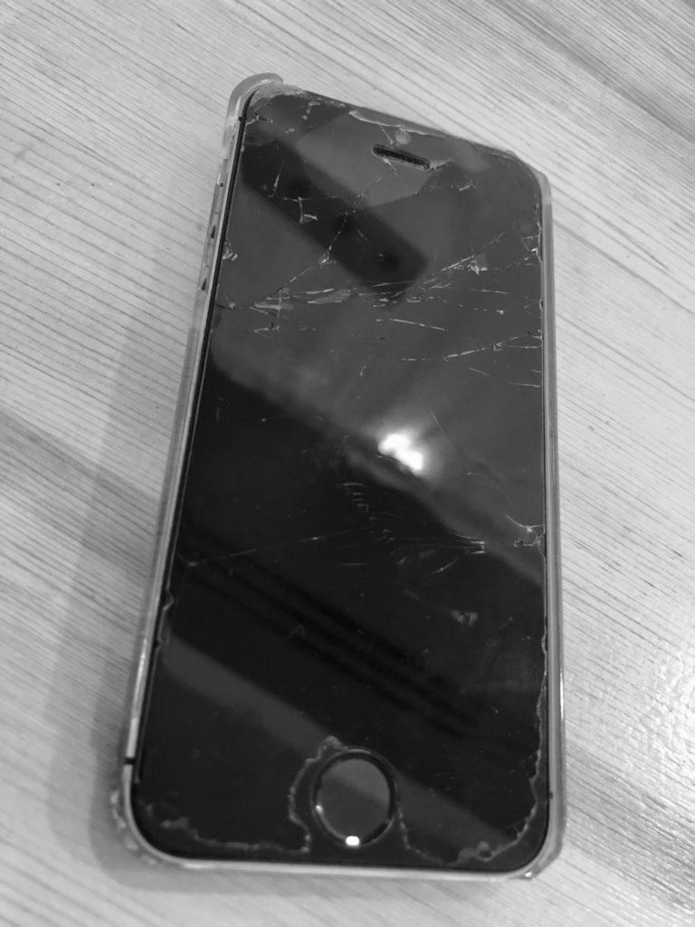 故障したiphone5S