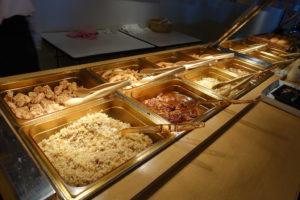 JALスカイビューシート ビュッフェの料理2
