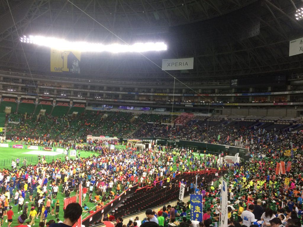 福岡ヤフオクドームリレーマラソン2018ヤフオクドームの内観1