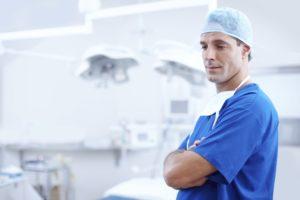 手術室の医者の写真