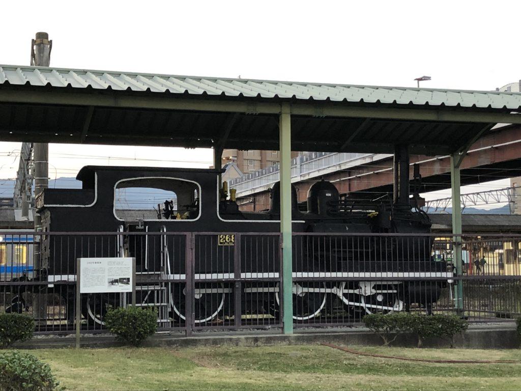 SL機関車全体像の写真